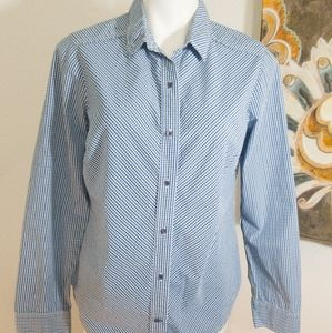 Eddie Bauer Women Button Down Shirt Sz M Blue/Gree